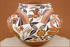 Southwestern-Indian-Pottery.jpg